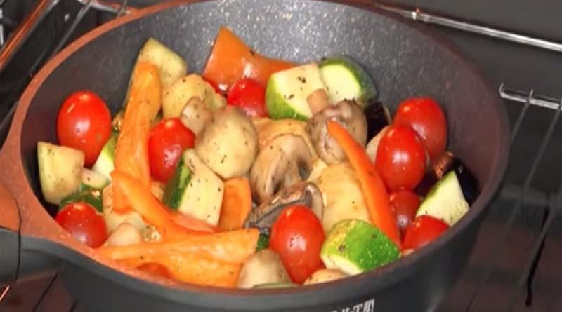 Запекание овощей в духовке