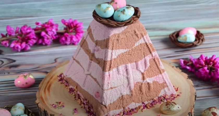 Мраморная шоколадно-вишневая творожная пасха