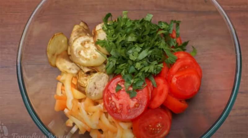 Приготовление салата из баклажан