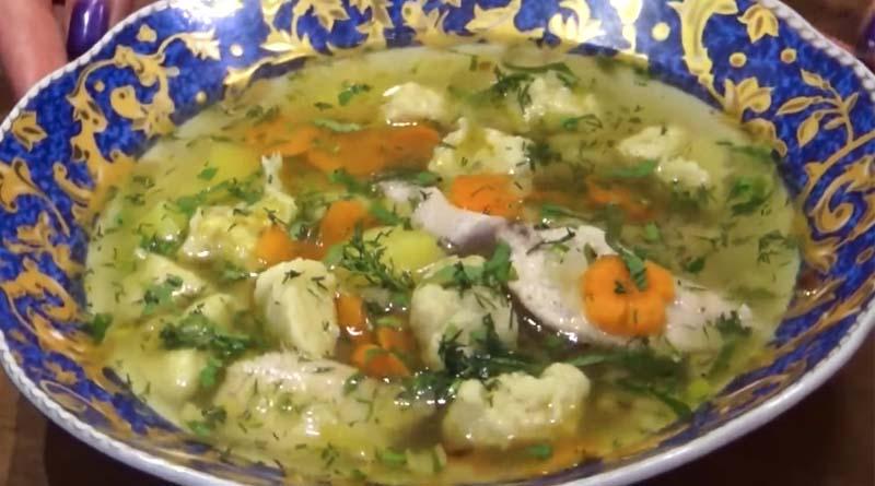 Суп с клецками и рыбой